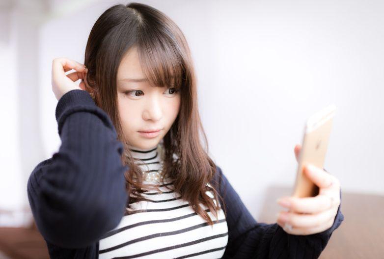 髪を保湿する方法
