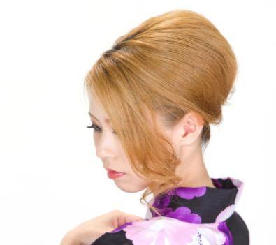 傷んだ髪をツヤツヤにする方法
